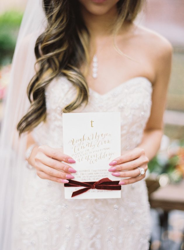 lush-blue-white-inspiration-shoot-elegant-garden-wedding20