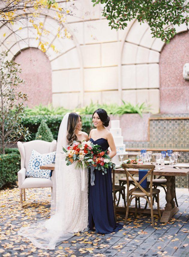 lush-blue-white-inspiration-shoot-elegant-garden-wedding23