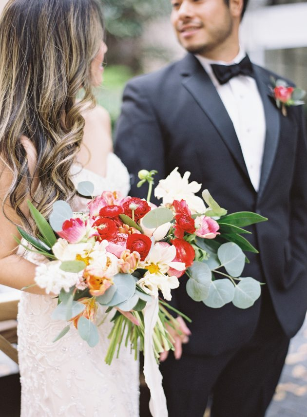 lush-blue-white-inspiration-shoot-elegant-garden-wedding28