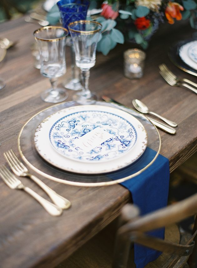 lush-blue-white-inspiration-shoot-elegant-garden-wedding33