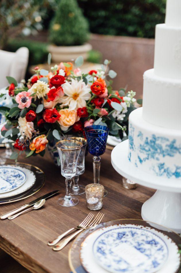 lush-blue-white-inspiration-shoot-elegant-garden-wedding37