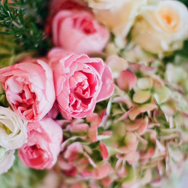 palmetto-bluff-lowcountry-wedding-classic-spring-flowers-southern-inspiration41
