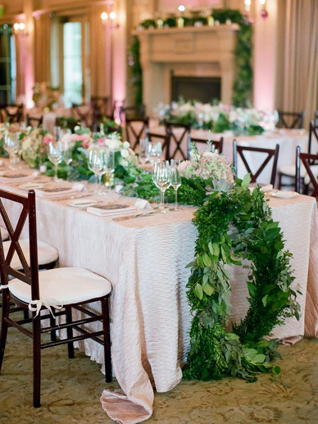 palmetto-bluff-lowcountry-wedding-classic-spring-flowers-southern-inspiration42
