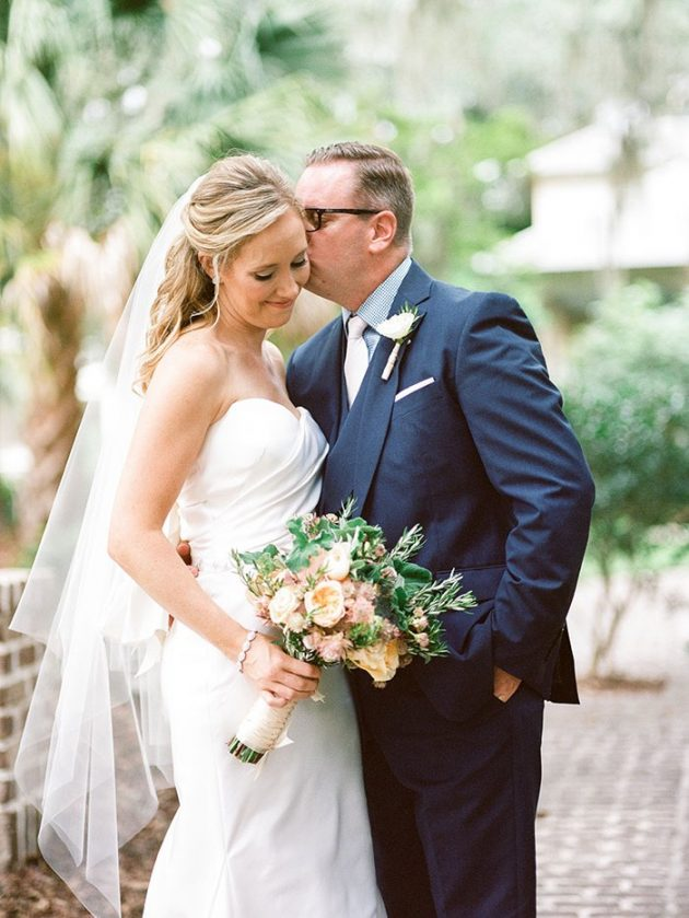 palmetto-bluff-lowcountry-wedding-classic-spring-flowers-southern-inspiration53