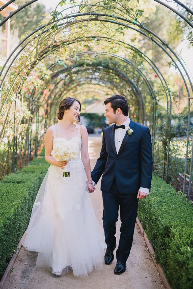 pink-westlake-village-inn-classic-romantic-jewish-wedding07
