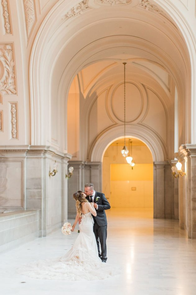 san-francisco-city-hall-royal-glam-romantic-wedding20