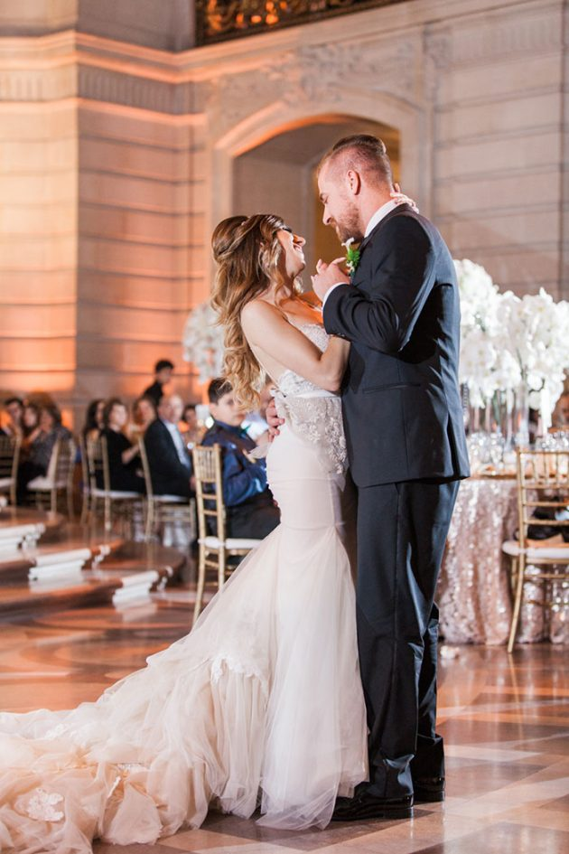san-francisco-city-hall-royal-glam-romantic-wedding45