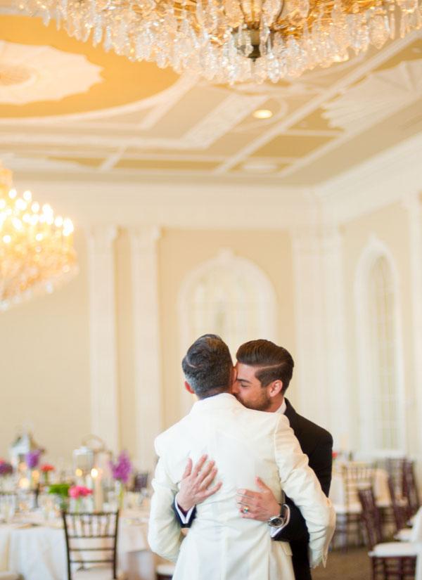 stylish-wedding-berkley-hotel-modern-fashion-inspiration13