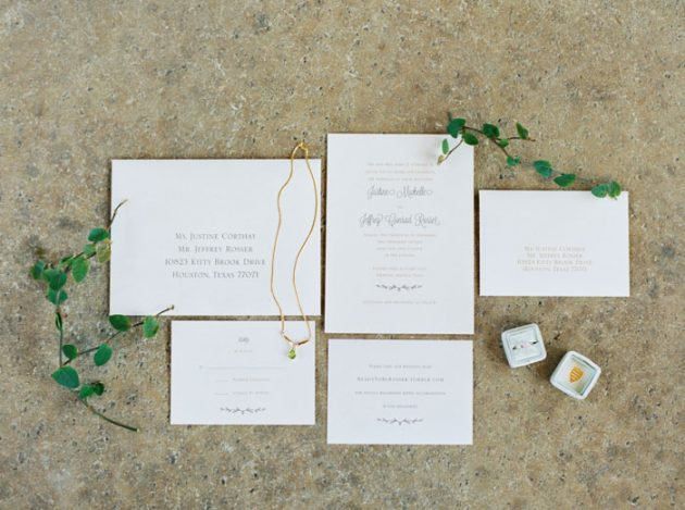 camp-lucy-sacred-oaks-rustic-floral-wedding-inspiration01