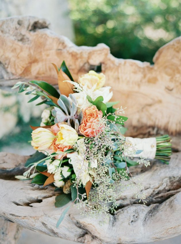 camp-lucy-sacred-oaks-rustic-floral-wedding-inspiration07