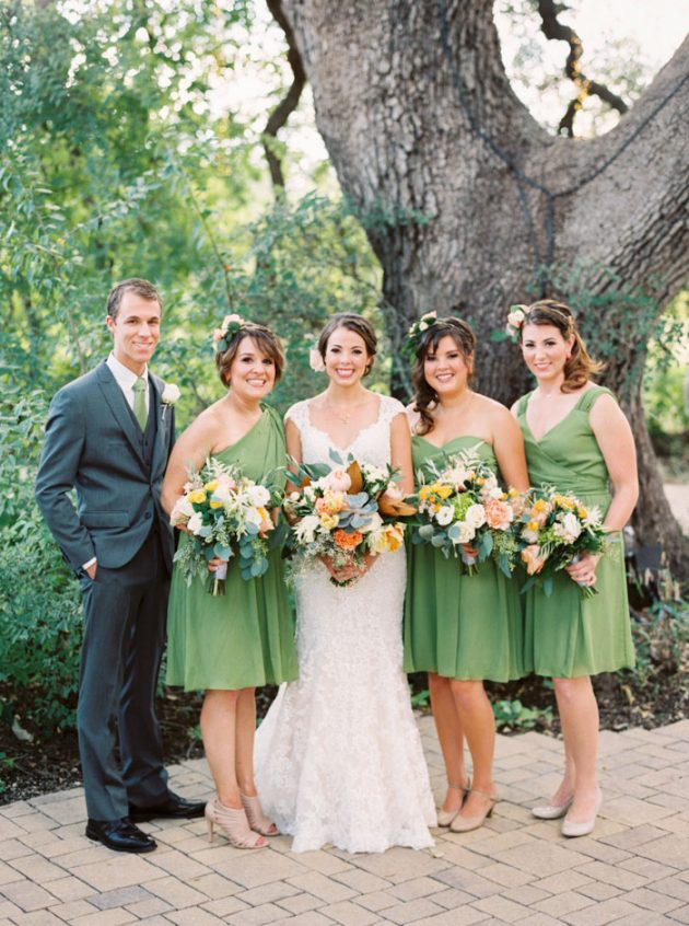 camp-lucy-sacred-oaks-rustic-floral-wedding-inspiration16