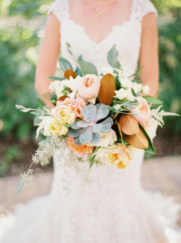 camp-lucy-sacred-oaks-rustic-floral-wedding-inspiration21