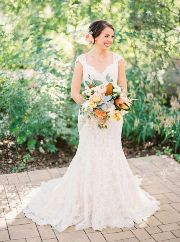 camp-lucy-sacred-oaks-rustic-floral-wedding-inspiration23