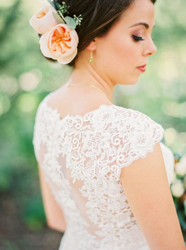 camp-lucy-sacred-oaks-rustic-floral-wedding-inspiration26