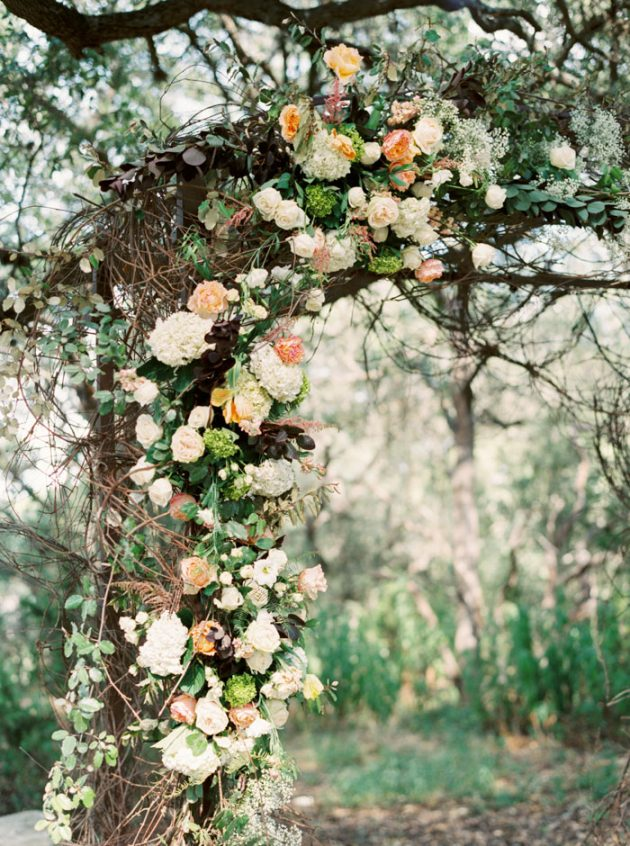 camp-lucy-sacred-oaks-rustic-floral-wedding-inspiration36