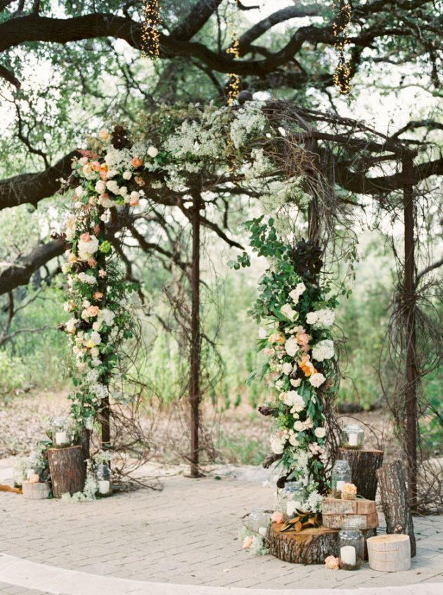 camp-lucy-sacred-oaks-rustic-floral-wedding-inspiration38