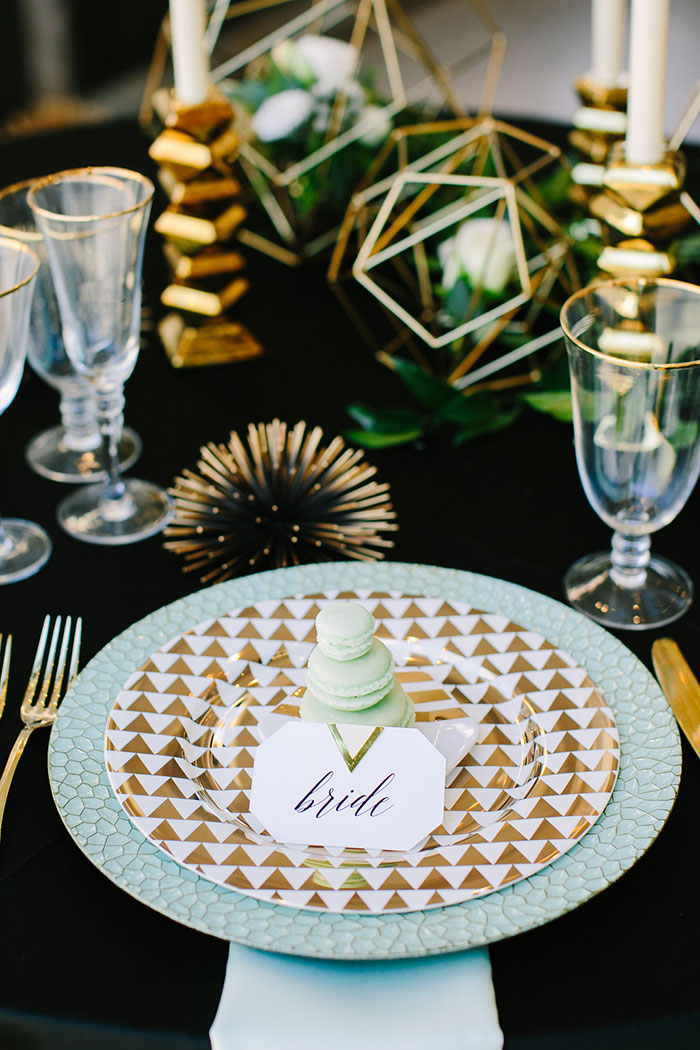 contemporary-geomentirc-mint-wedding-inspiration10