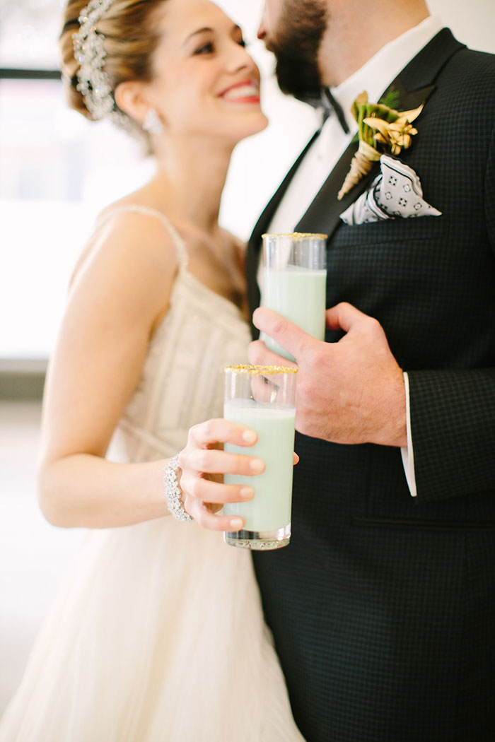 contemporary-geomentirc-mint-wedding-inspiration20