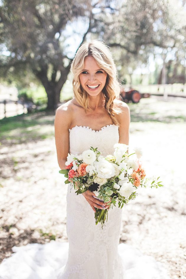 lazy-v-ranch-rustic-pastel-wedding-inspiration13