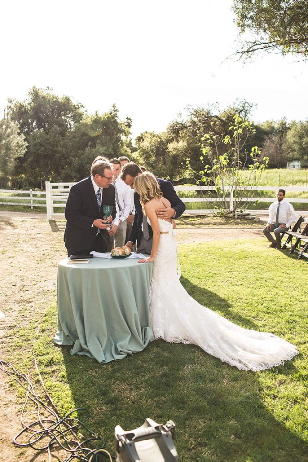 lazy-v-ranch-rustic-pastel-wedding-inspiration43