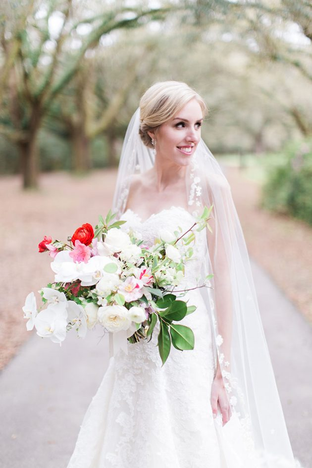 low-country-outdoor-wedding-charleston-spring-floral22