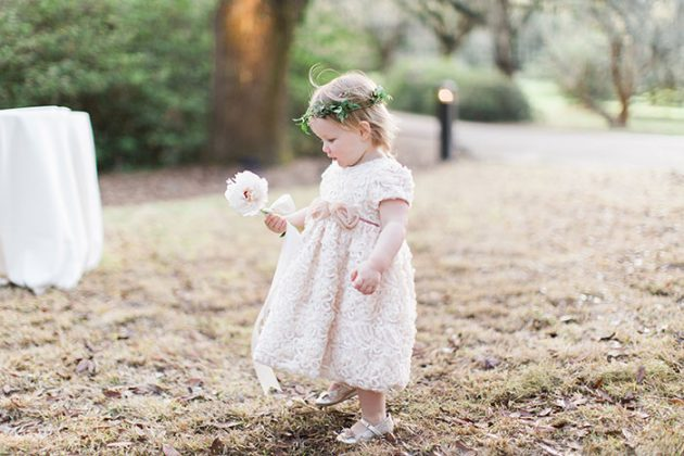 low-country-outdoor-wedding-charleston-spring-floral46