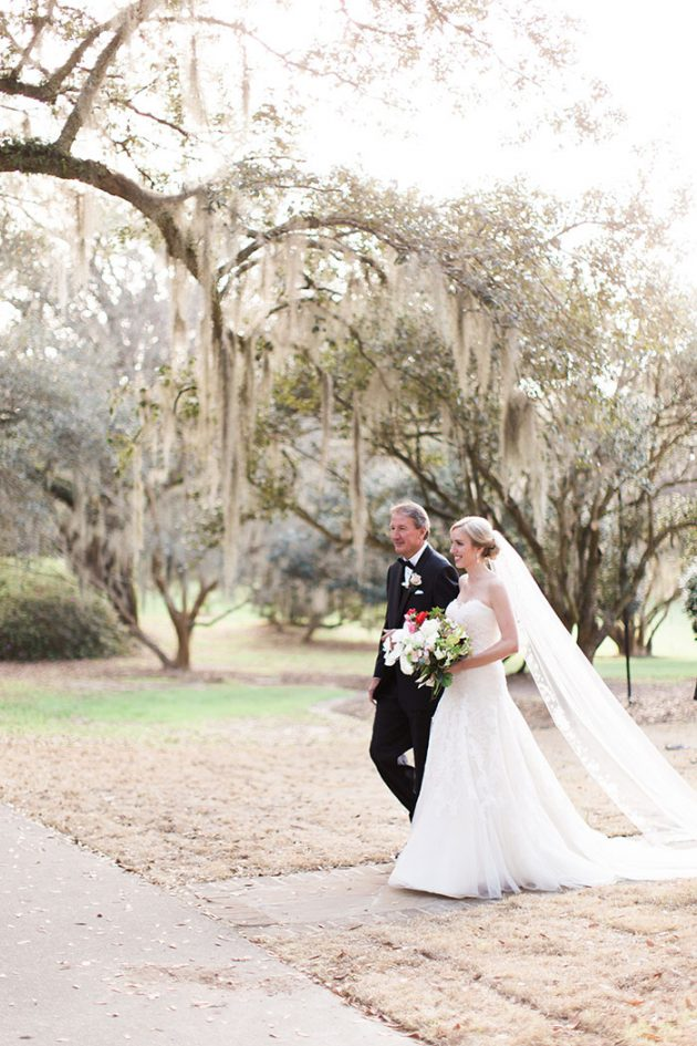 low-country-outdoor-wedding-charleston-spring-floral47