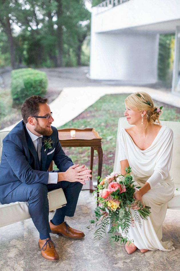 modern-architecture-vintage-colorful-richmond-wedding-inspiration21