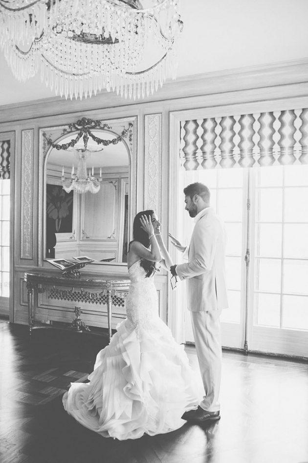 new-york-traditional-elegant-twist-floral-wedding-inspiration-blush-gown07