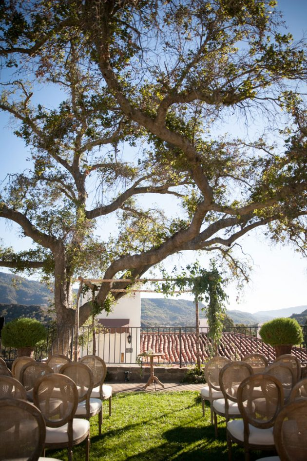 ojai-valley-inn-traditional-wedding-inspiration-outdoor12