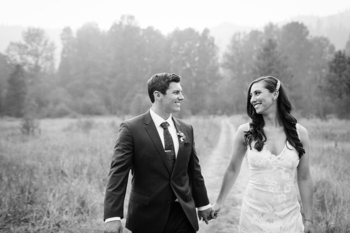 pine-river-ranch-washington-rustic-forest-blue-wedding-inspiration10