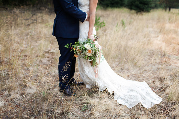 pine-river-ranch-washington-rustic-forest-blue-wedding-inspiration23