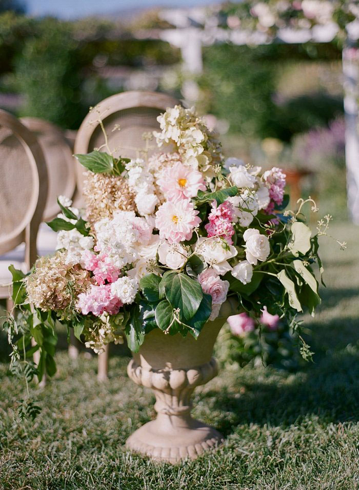 san-ysidro-ranch-wedding-pink-lace-poodle-inspiration00