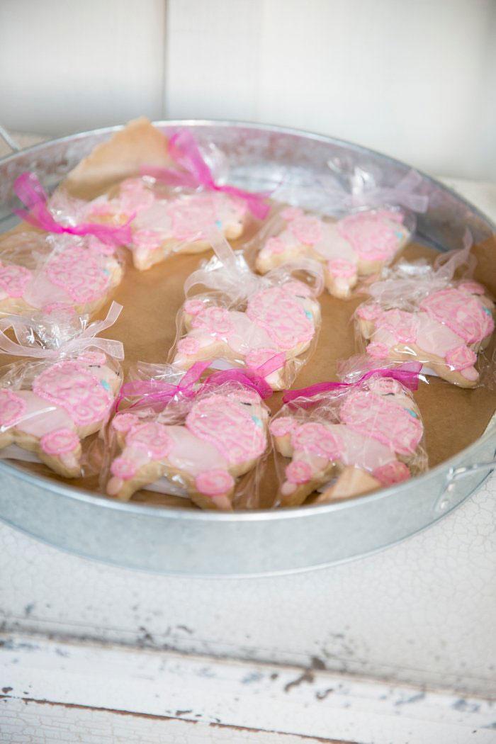 san-ysidro-ranch-wedding-pink-lace-poodle-inspiration12