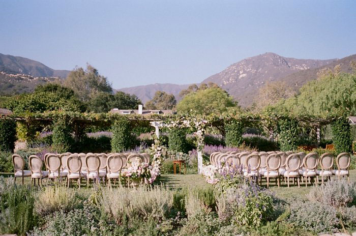san-ysidro-ranch-wedding-pink-lace-poodle-inspiration22
