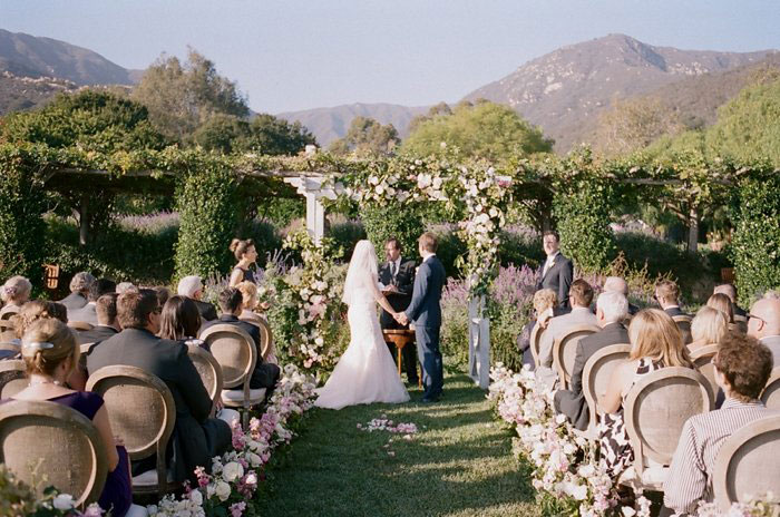 san-ysidro-ranch-wedding-pink-lace-poodle-inspiration36