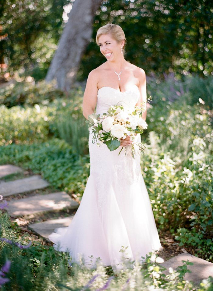 san-ysidro-ranch-wedding-pink-lace-poodle-inspiration47