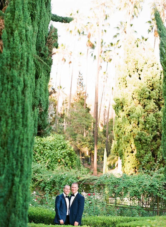 wattles-mansion-same-sex-elegant-white-wedding24