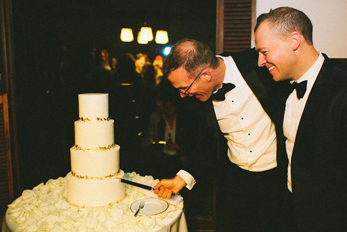 wattles-mansion-same-sex-elegant-white-wedding38