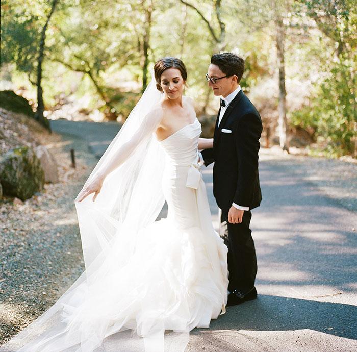 Auberge-du-Soleil-classic-napa-wedding-inspiration10