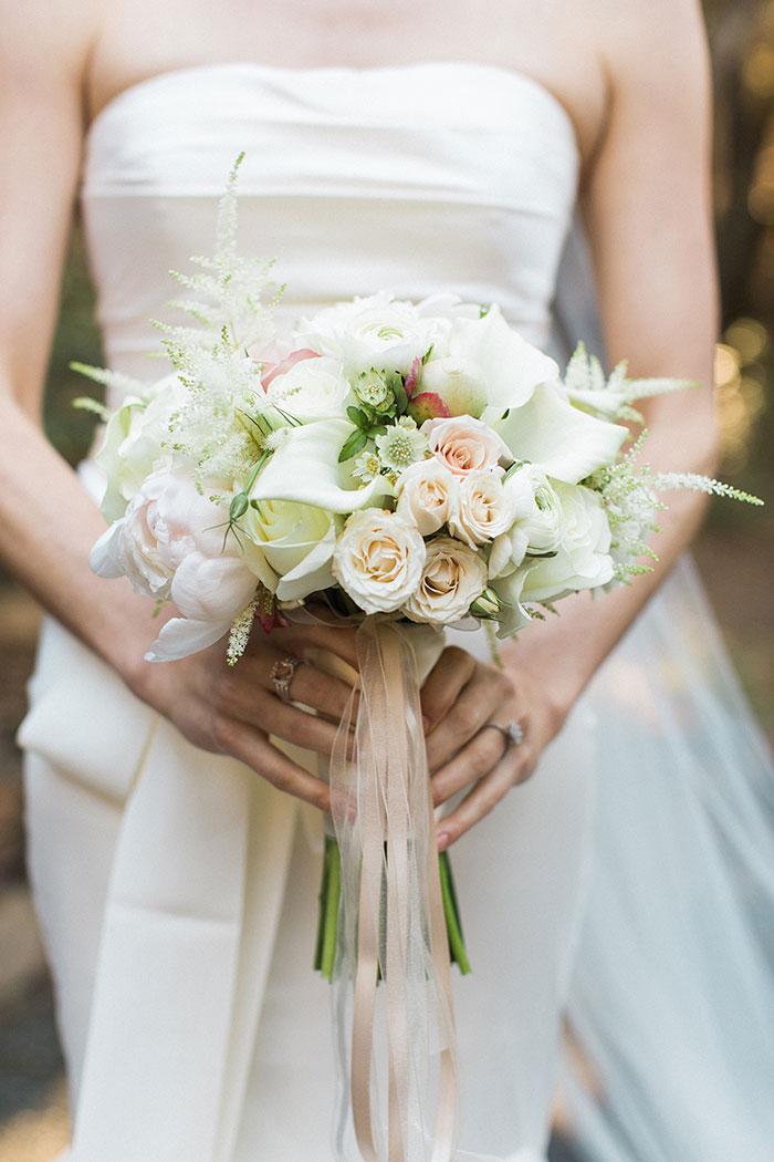 Auberge-du-Soleil-classic-napa-wedding-inspiration13