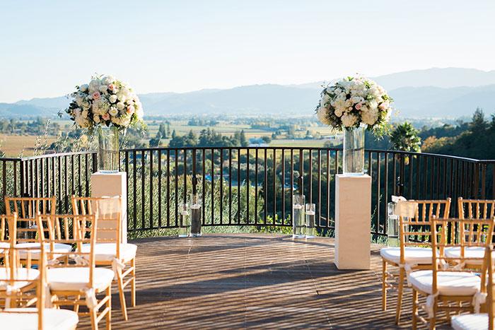 Auberge-du-Soleil-classic-napa-wedding-inspiration17