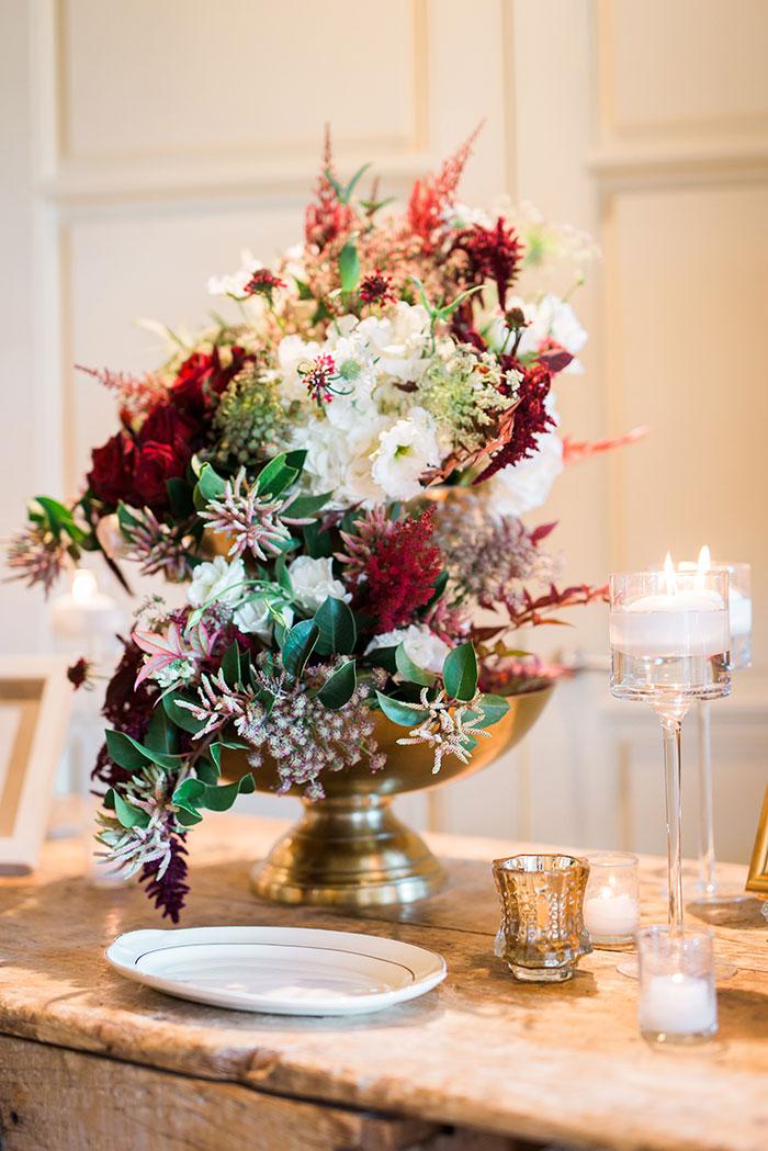 Auberge-du-Soleil-classic-napa-wedding-inspiration24