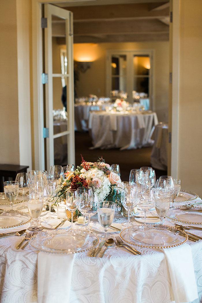 Auberge-du-Soleil-classic-napa-wedding-inspiration33