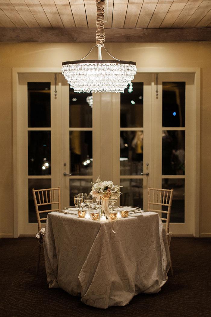 Auberge-du-Soleil-classic-napa-wedding-inspiration40