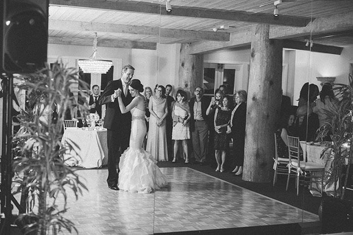 Auberge-du-Soleil-classic-napa-wedding-inspiration45