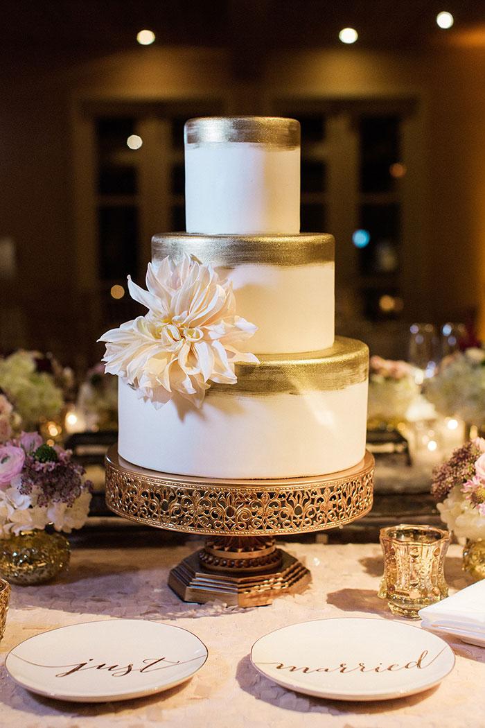 Auberge-du-Soleil-classic-napa-wedding-inspiration46
