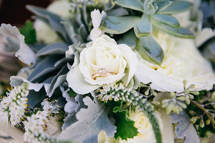 fallbrook-hacienda-boho-romantic-wedding-vintage-car-inspiration00