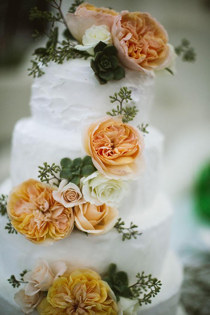 fallbrook-hacienda-boho-romantic-wedding-vintage-car-inspiration13