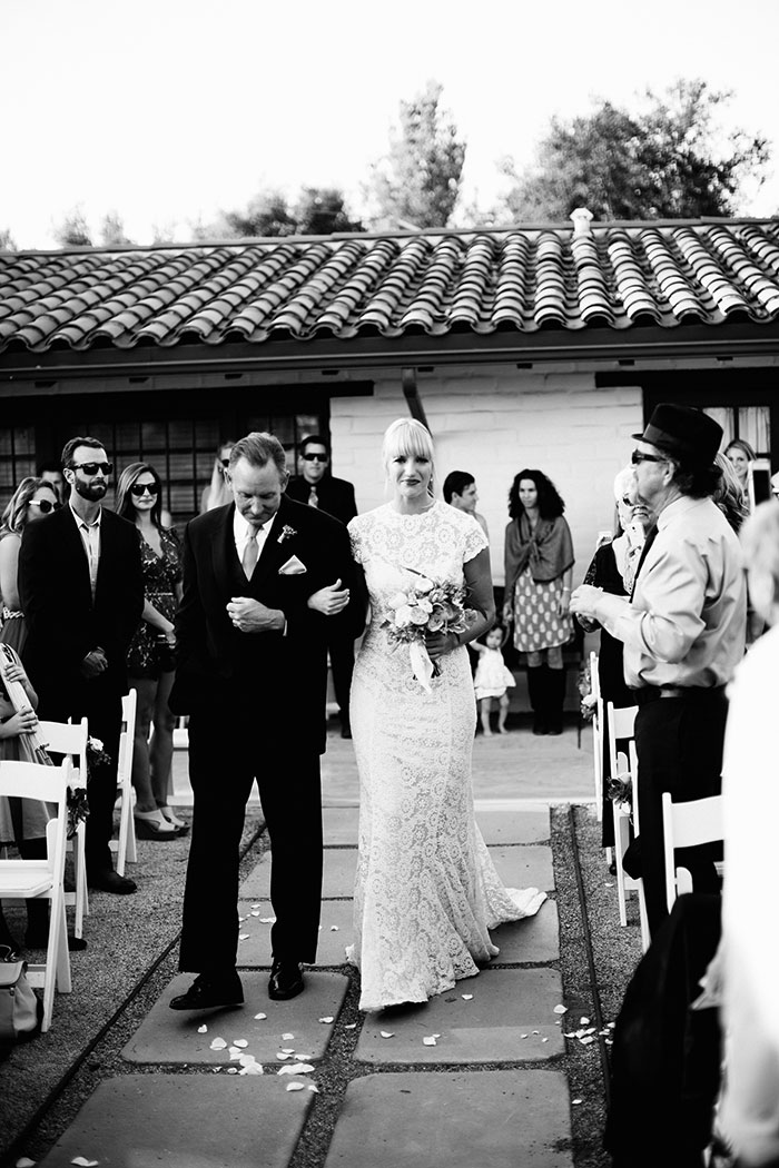 fallbrook-hacienda-boho-romantic-wedding-vintage-car-inspiration33